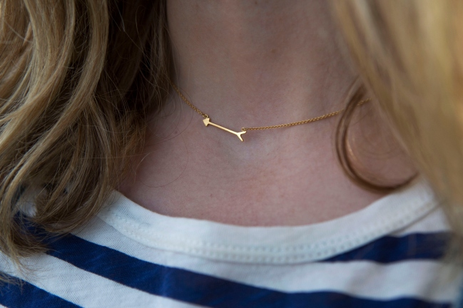 Stella and Dot arrow necklace